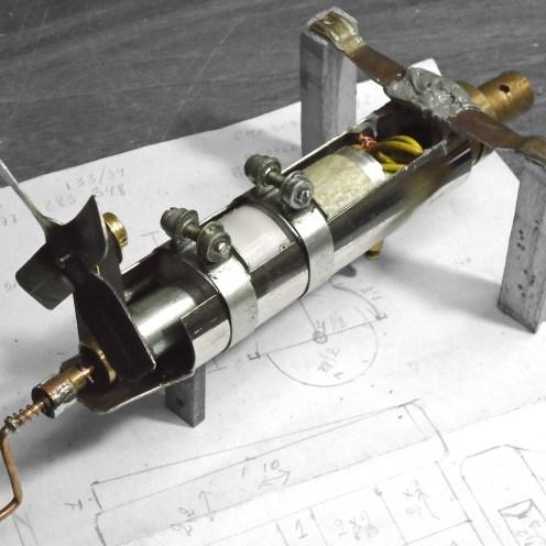 Motor eléctrico montado - Motor assembly