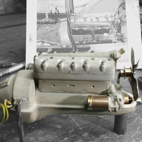 Dando forma al motor con epoxi - Shaping the engine with epoxy