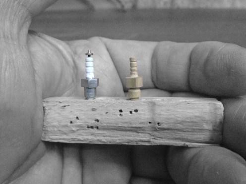 Bujías terminadas - Spark plug finished
