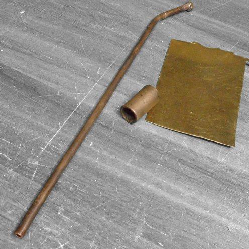 Piezas para armar el caño de escape y silenciador - Brass pieces for exhaust pipe and muffler