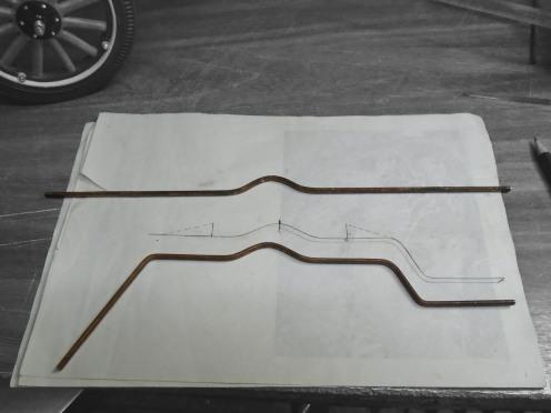Doblando el soporte de los estribos - Bending the running board brackets
