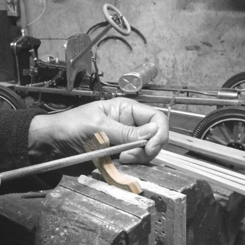 Comenzando con el asiento de madera - Starting with the wooden seat