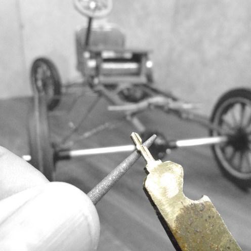 Dando forma a la llave de encendido - Shaping the ignition key