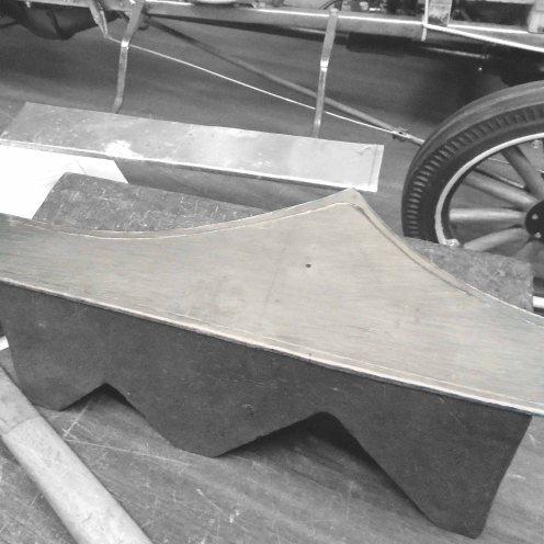 Determinando las medidas del guardabarro. Chapa de aluminio - Determining the fender size. Aluminium sheet